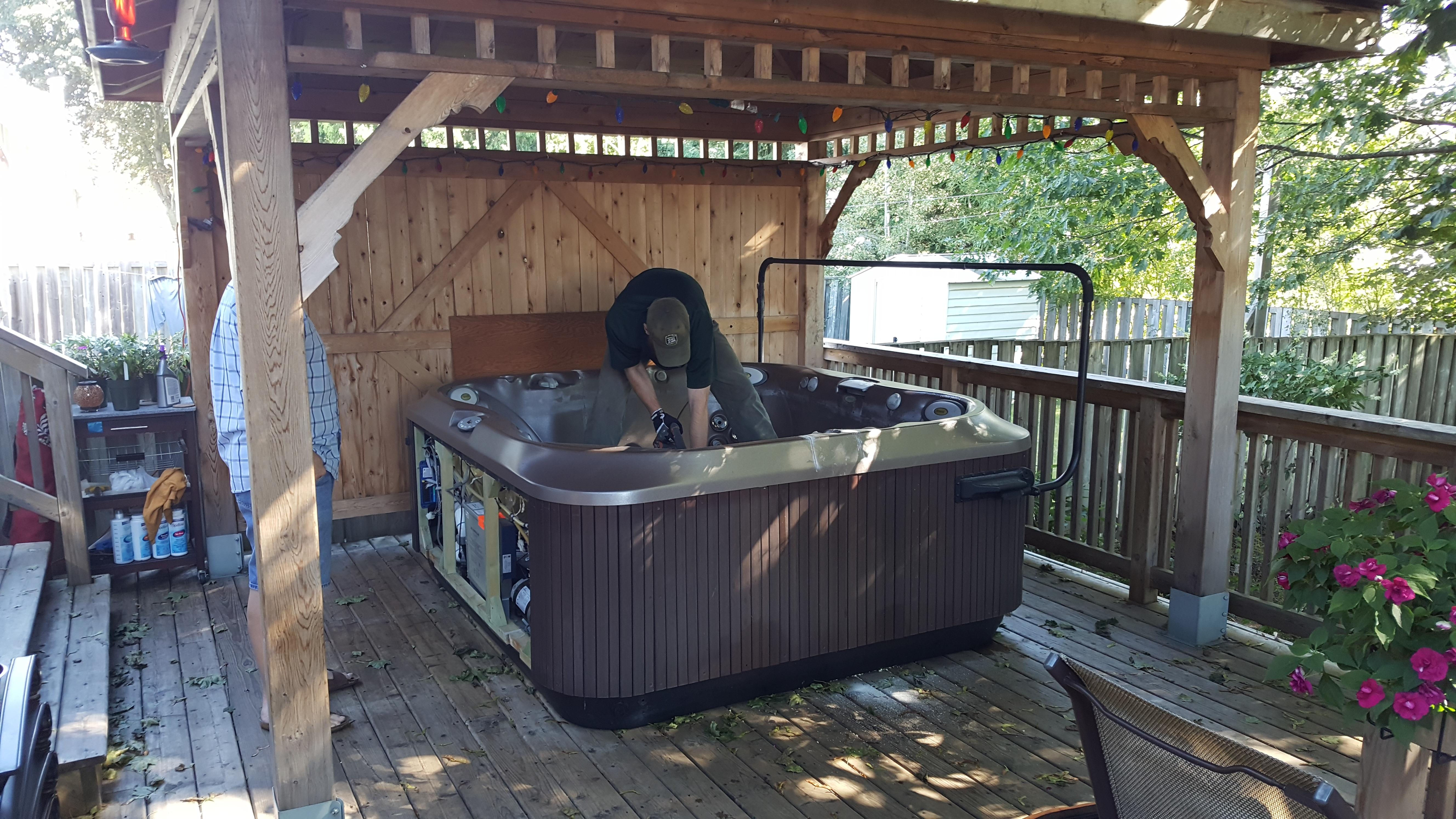 Hot Tub Removal Justjunk Hot Tub Pickup Made Easy